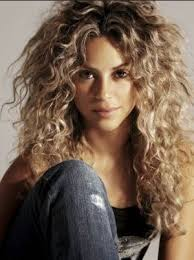 what color is shakira s hair 2015 17 best perfect human beings images on pinterest beautiful
