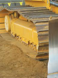 5 ways skilled operators can reduce dozer undercarriage cost