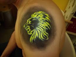 tattoo design lion beautiful lion head tattoo design for shoulder tattooshunter com