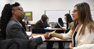 Wells Fargo Teller Positions To Train Next Generation Of Bank Employees Bankworks Covers