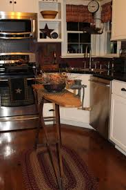 2734 best primitive home decor images on pinterest primitive primitive country kitchen decorated for fall