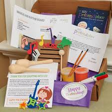 maracas and rhythm board diy project for kids