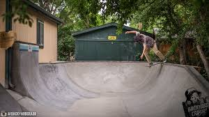 BACKYARD CRASH Joe Fro - Backyard skatepark designs
