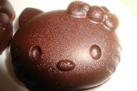 hello fait la cuisine hello au chocolat fourré au chamallow à la fraise ça ne sent