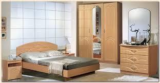 catalogue chambre a coucher en bois chambres a coucher en bois modernes idées décoration intérieure