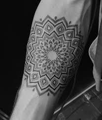 2947 best tatuagem pontilhismo images on pinterest blackwork
