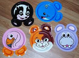 detailed writing with zoo pals paper plates