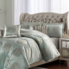 Luxury Bedding Collections Michael Amini Regent Bedding In King And Queen Sizes Michael