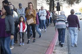 shoppers mobilize on thanksgiving as retailers branch out kdow