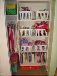 Playroom Storage Furniture by Organizar Con Cestas De Plastico 7 Organizadores Pinterest