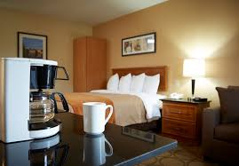Find Nearest Comfort Inn Comfort Inn Brossard Located On The South Shore Of Montreal
