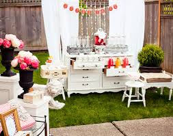 Vintage Bridal Shower Love This Vintage Inspired Shabby Chic Set Up For A Bridal Or