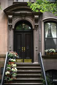 Home In Brooklyn Sa D by Carrie Bradshaw U0027s Front Door Surely A Nyc Landmark Right U2026 And