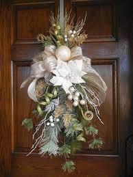 christmas swags for outdoor lights resultado de imagen de outdoor christmas swags wreaths decoracion