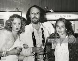 Michelle Phillips Genevieve Waite John Phillips And Michelle Phillips Picture Id84312112