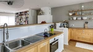 decoration de cuisine en bois decoration de la cuisine en bois vue paysage appartement sur