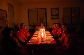 cena al lume di candela la cena a lume di candela della croce rossa italiana