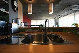 plinthe meuble cuisine leroy merlin cuisine plinthe pour meuble de cuisine avec blanc couleur