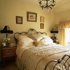 Gorgeous Vintage Bedroom Decor On Decorating Ideas For Shabby Chic - Ideas for vintage bedrooms