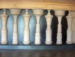 Vase Faces Illusion People Trapped Inside The Wall