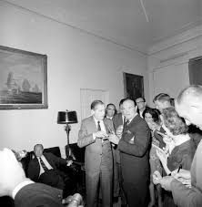 presentation of a congressional gold medal to bob hope 12 10pm