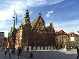 where to stay in wroclaw u0027s old town