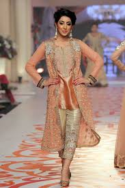 latest style statement of short shirt with capri and gown style