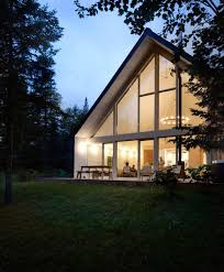 A Frame Chalet Lakeside Chalet Designed By La Shed Architecture A Cosy Retreat