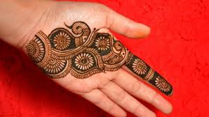 Unique Stylish Trendy Indian House Mehndi Henna Tattoo Art By Amrita Indian Mehndi Art Henna Tattoo
