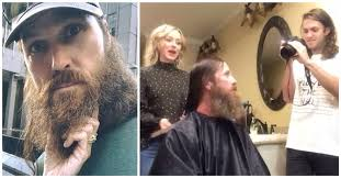 duck dynasty hair cut member of duck dynasty shaves his beard and gets haircut