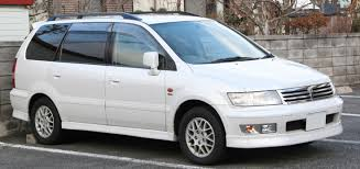 white mitsubishi endeavor mitsubishi chariot review and photos