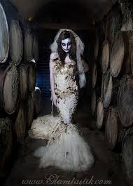 Wedding Dress Halloween Costume 20 Zombie Bride Ideas Zombie Bride Costume