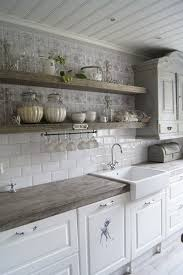 Kitchen Charleston Antique White Kitchen Cabinet Featuring Gray Valkoinen Puutalokoti K I T C H E N Pinterest Kitchens