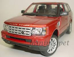 silver range rover range rover sport silver 1 18 diecast model car by maisto 31135 ebay