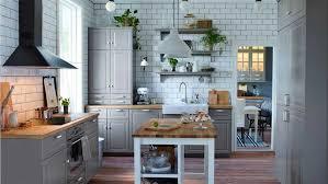 ikea küche grau ikea küche ideen in grau dekor mit massivholz arbeitsplatte