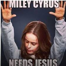 Miley Meme - top 10 memes on miley cyrus controversial perfomance at mtv vmas