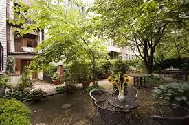 Backyard Shows Nyc U0027s Narrowest House Has A Surprisingly Big Backyard Curbed Ny
