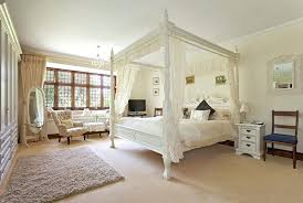 four post bedroom sets four poster bedroom sets 2 antique 4 post bedroom sets shabby chic 4 poster bed four poster beds