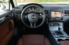 volkswagen touareg interior new vw touareg tdi pictures vw touareg front action auto express