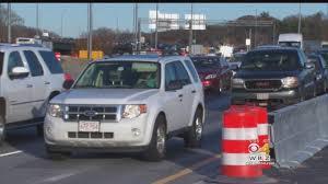 traffic backs up on massachusetts roads day before thanksgiving