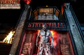 hours of halloween horror nights 2012 statesville haunted prison and city of the dead haunted
