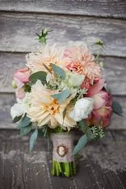 wedding flowers august august wedding flowers dalias wedding flowers wedding
