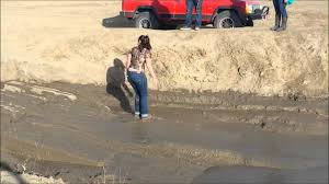 muddy jeep girls silly attempts mud pit in jeep and on foot youtube