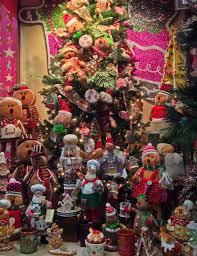 season 34 amazing tree shop decorations