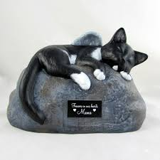 cat cremation ceramic engraved painted bottom loading cat cremation urn with