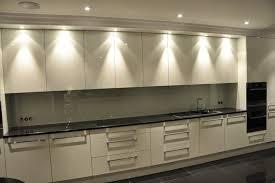 cuisine appartement parisien rénovation appartement 19 ième bateco rénove vos logements