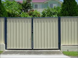 how do i paint the steel crossbeam on a colorbond fence home