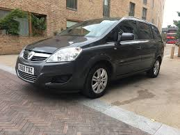 vauxhall black used vauxhall zafira mpv 1 8 i vvt 16v design 5dr in london