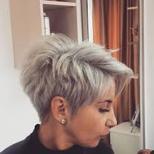 Frisuren Kurzes Dickes Haar by Frisur Fã R Kurzes Haar Frisur Ideen 2017 Hairstyle Academiaeb Com