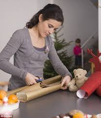 how to get your gifts wrapped for you daily mail online